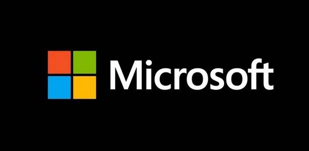 Microsoft rumored to launch phone-laptop hybrid